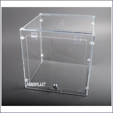 "Acrylic Plexiglas Showcase ""box"""