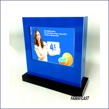 Plexiglas boxes digital signage